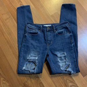 Bullhead Distressed Straight Leg Jeans. Sz 5